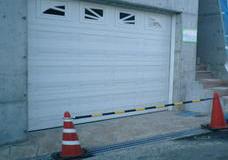 ガレージドア